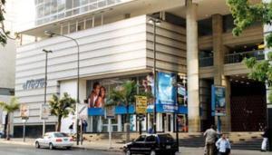 Local Comercial En Alquiler En Caracas, El Recreo, Venezuela, VE RAH: 17-8458