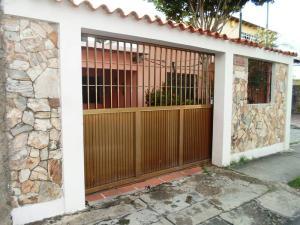 Casa En Venta En Margarita, Juangriego, Venezuela, VE RAH: 17-8473
