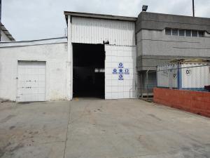 Galpon - Deposito En Alquiler En Valencia, Castillito, Venezuela, VE RAH: 17-8478