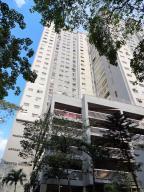 Apartamento En Ventaen Caracas, El Paraiso, Venezuela, VE RAH: 17-8506