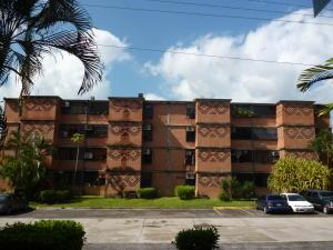 Apartamento En Ventaen Guarenas, Nueva Casarapa, Venezuela, VE RAH: 17-8524