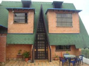 Casa En Venta En San Diego De Los Altos, Parcelamiento El Prado, Venezuela, VE RAH: 17-8542