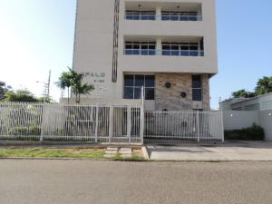 Apartamento En Venta En Maracaibo, Tierra Negra, Venezuela, VE RAH: 17-8548