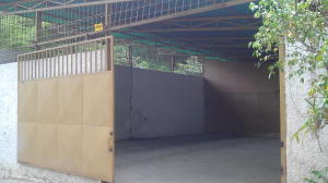 Galpon - Deposito En Alquiler En Caracas, Mariche, Venezuela, VE RAH: 17-8574