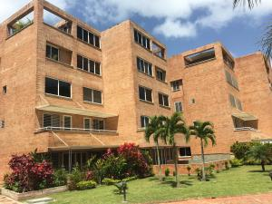 Apartamento En Venta En Caracas, Loma Linda, Venezuela, VE RAH: 17-8591