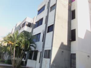 Apartamento En Venta En Valencia, Parque Valencia, Venezuela, VE RAH: 17-8598