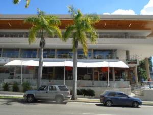 Local Comercial En Venta En Valencia, La Viña, Venezuela, VE RAH: 17-8682