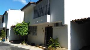 Apartamento En Venta En Caracas, Los Naranjos Del Cafetal, Venezuela, VE RAH: 17-8644
