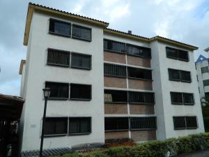Apartamento En Ventaen Los Teques, Parque Residencial La Quinta, Venezuela, VE RAH: 17-8688