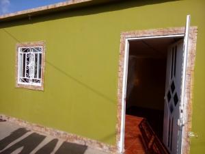 Casa En Venta En Maracaibo, Lomas Del Valle 2, Venezuela, VE RAH: 17-8663