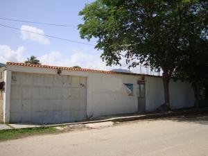 Casa En Venta En Ocumare De La Costa, El Playon, Venezuela, VE RAH: 17-8669
