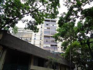 Apartamento En Venta En Caracas, Parroquia La Candelaria, Venezuela, VE RAH: 17-9042