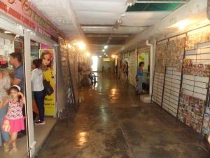 Local Comercial En Alquiler En Guacara, Centro, Venezuela, VE RAH: 17-8696