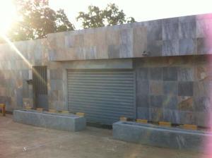 Local Comercial En Alquiler En Maracaibo, Zona Industrial Sur, Venezuela, VE RAH: 17-8710