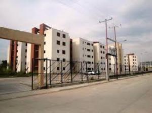Apartamento En Venta En Municipio Los Guayos, Paraparal, Venezuela, VE RAH: 17-8722