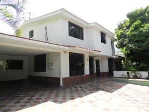 Casa En Venta En Caracas, El Marques, Venezuela, VE RAH: 17-8739