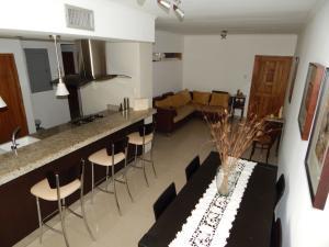 Apartamento En Venta En Maracaibo, San Martin, Venezuela, VE RAH: 17-8743