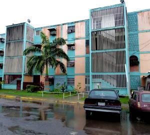 Apartamento En Venta En Palo Negro, Los Naranjos, Venezuela, VE RAH: 17-8748