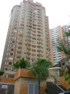 Apartamento En Venta En Valencia, Las Chimeneas, Venezuela, VE RAH: 17-8773