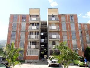 Apartamento En Venta En Guarenas, Las Islas, Venezuela, VE RAH: 17-8911