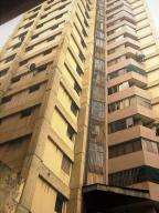 Apartamento En Venta En Caracas, Parroquia San Jose, Venezuela, VE RAH: 17-8822