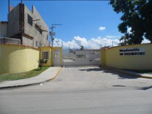 Casa En Venta En Municipio Linares Alcantara, La Morita Ii, Venezuela, VE RAH: 17-8864