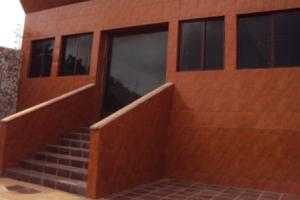 Casa En Venta En Los Puertos De Altagracia, Via Principal, Venezuela, VE RAH: 17-8830