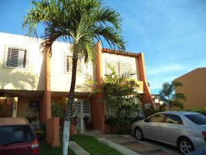 Casa En Venta En Cabudare, Parroquia José Gregorio, Venezuela, VE RAH: 17-8866
