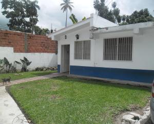 Casa En Venta En Maracay, El Castaño, Venezuela, VE RAH: 17-8886