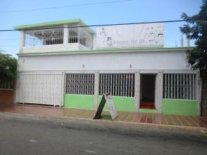 Casa En Venta En Municipio San Francisco, San Francisco, Venezuela, VE RAH: 17-8917