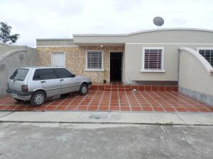 Casa En Venta En Araure, Araure, Venezuela, VE RAH: 17-7125