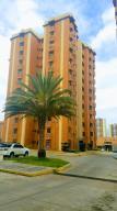 Apartamento En Venta En Municipio Naguanagua, Palma Real, Venezuela, VE RAH: 17-9047