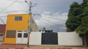 Local Comercial En Alquiler En Cabimas, Ambrosio, Venezuela, VE RAH: 17-8948