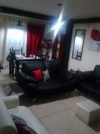 Apartamento En Venta En Punto Fijo, Santa Irene, Venezuela, VE RAH: 17-8950