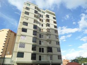 Apartamento En Ventaen Catia La Mar, Playa Grande, Venezuela, VE RAH: 17-8969