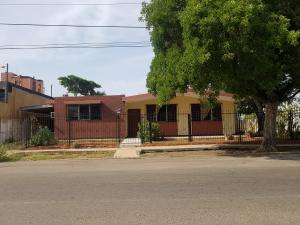 Casa En Venta En Maracaibo, Tierra Negra, Venezuela, VE RAH: 17-8956
