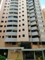 Apartamento En Venta En Valencia, La Trigaleña, Venezuela, VE RAH: 17-8990