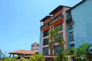 Apartamento En Ventaen Parroquia Caraballeda, La Llanada, Venezuela, VE RAH: 17-9033