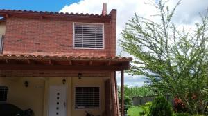 Townhouse En Venta En Municipio San Diego, Villa Jardin, Venezuela, VE RAH: 17-9027