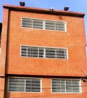 Edificio En Venta En Caracas, Prado De Maria, Venezuela, VE RAH: 17-9043