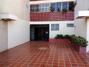 Apartamento En Ventaen Maracaibo, Pomona, Venezuela, VE RAH: 17-9046
