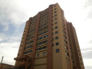 Apartamento En Venta En Guarenas, Las Islas, Venezuela, VE RAH: 17-9057