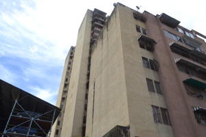 Apartamento En Venta En Caracas, Parroquia Santa Rosalia, Venezuela, VE RAH: 17-9071
