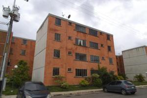 Apartamento En Venta En Municipio San Diego, El Tulipan, Venezuela, VE RAH: 17-9097