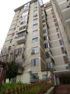 Apartamento En Venta En Caracas, San Martin, Venezuela, VE RAH: 17-9139