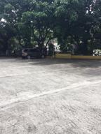 Oficina En Venta En Caracas, Las Mercedes, Venezuela, VE RAH: 17-9279