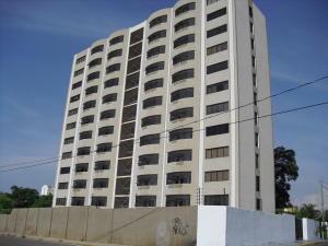 Apartamento En Venta En Maracaibo, Valle Frio, Venezuela, VE RAH: 17-9141