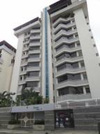 Apartamento En Venta En Caracas, Las Acacias, Venezuela, VE RAH: 17-9300
