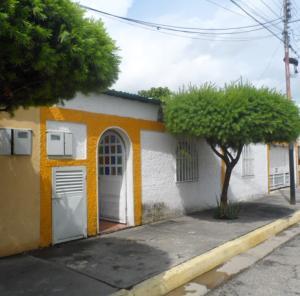 Casa En Venta En Palo Negro, El Orticeño, Venezuela, VE RAH: 17-9729