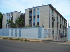 Apartamento En Venta En Maracaibo, Avenida Goajira, Venezuela, VE RAH: 17-9147